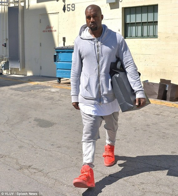 "Kanye West in Nike Air Yeezy 2 ""Red October"""