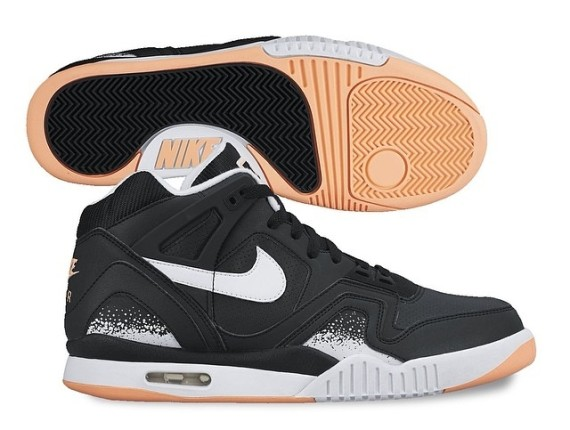 #Kickz | Nike Air Tech Challenge II – Black – White – Gum